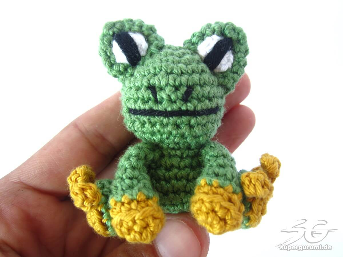 Amigurumi Crochet Frog : Amigurumi Crochet Frog Pattern - Supergurumi