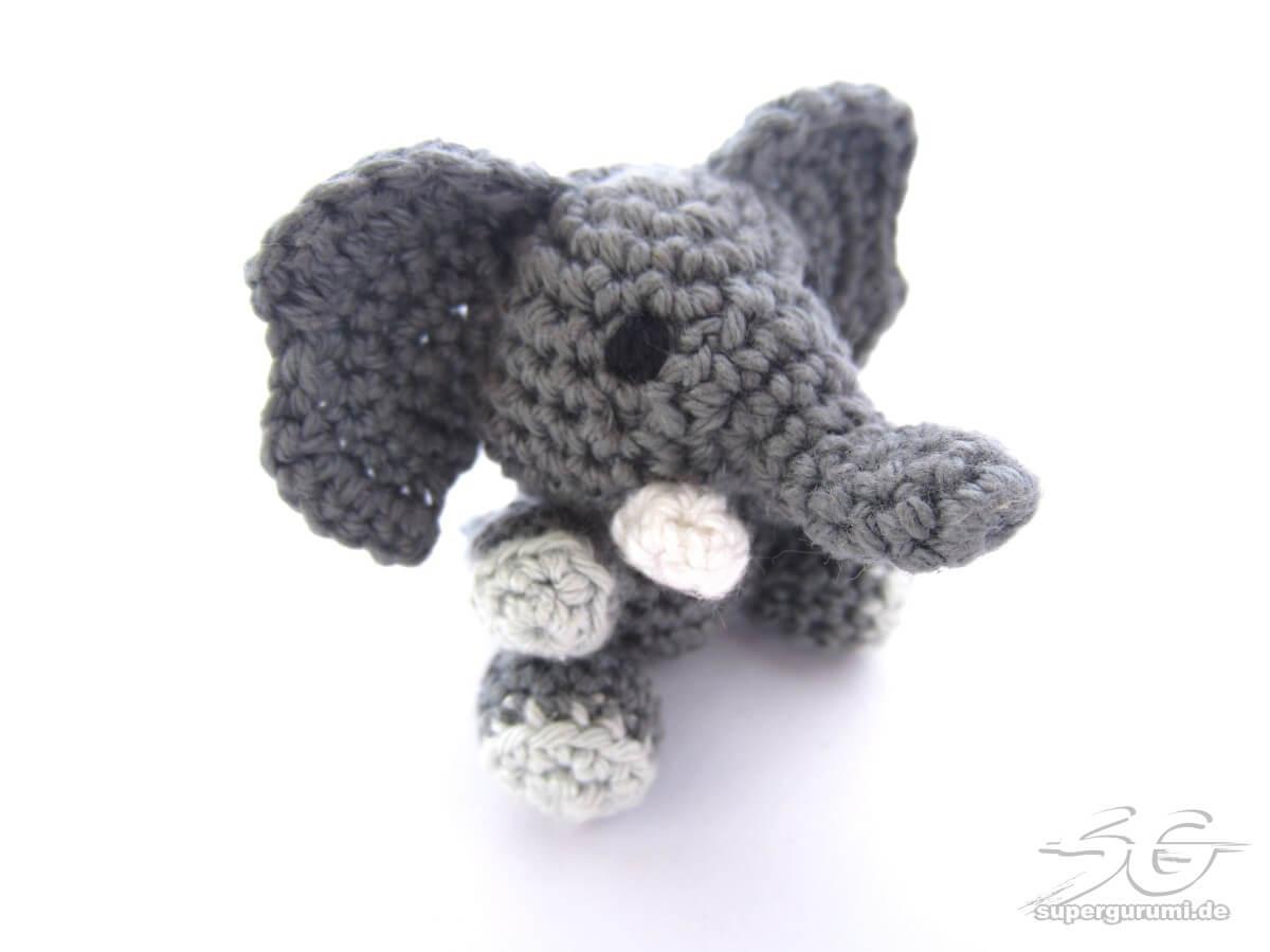 Amigurumi Patterns Elephant : Blue elephant elephant baby shower elephant decor u amigurumi
