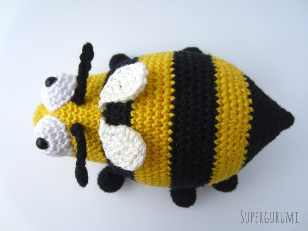 Amigurumi Pattern Bee : Amigurumi Crochet Bee Pattern -