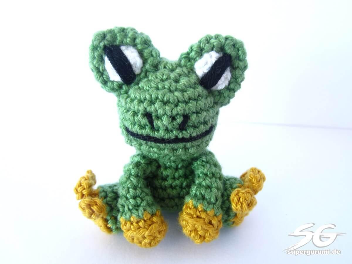 Amigurumi crochet frog pattern supergurumi crochet frog bankloansurffo Gallery