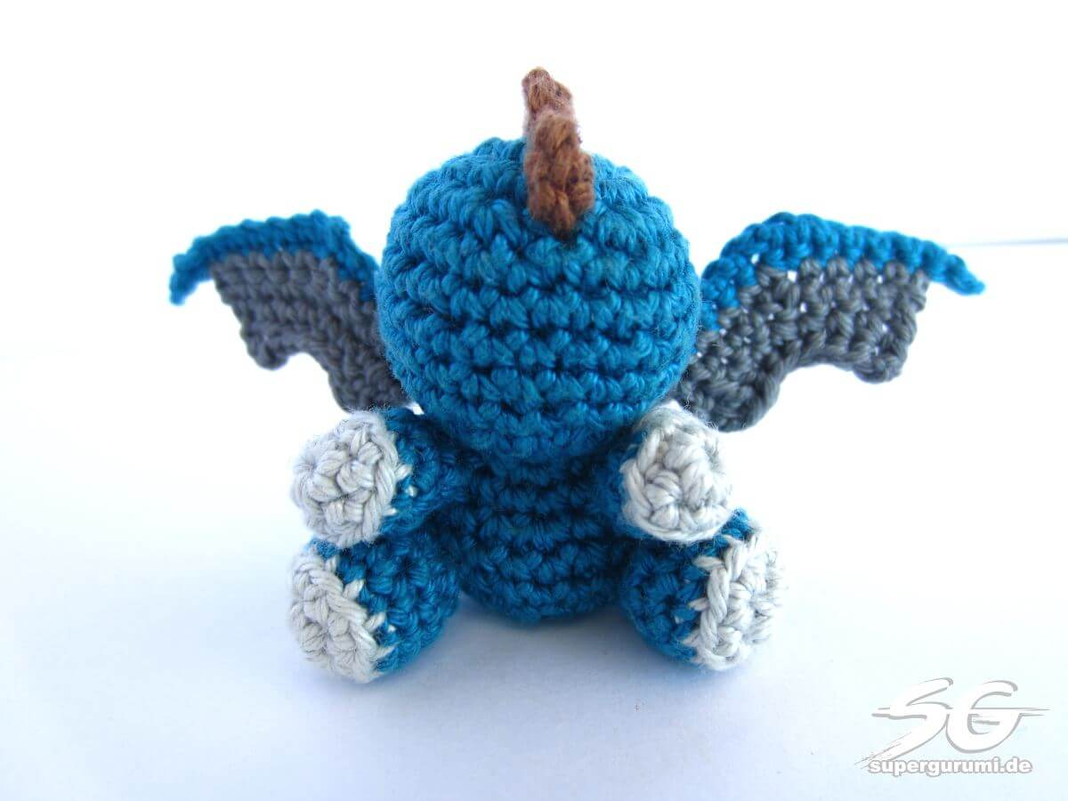 Amigurumi Dragon Wings : Amigurumi crochet dragon pattern supergurumi