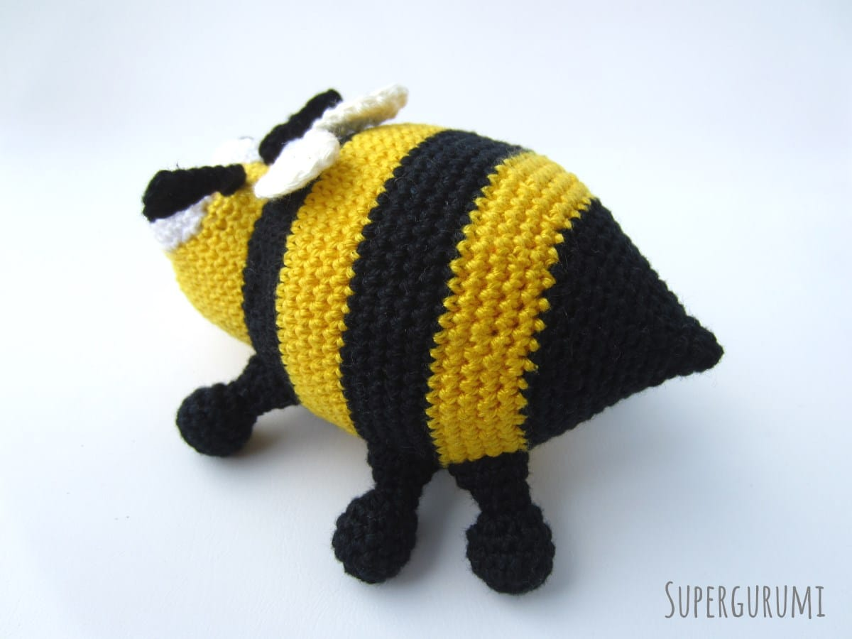 Amigurumi Bee : Amigurumi Crochet Bee Pattern -