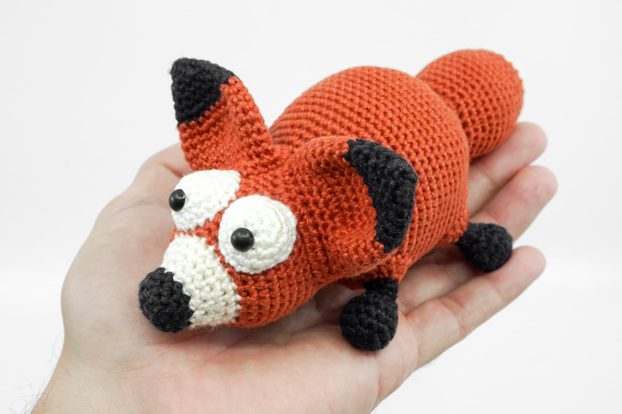 Amigurumi plush fox free pattern | Amigurumi Space | 1400x2100