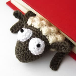 "Amigurumi Crochet Sheep Bookmark – ""Book Sheep"""