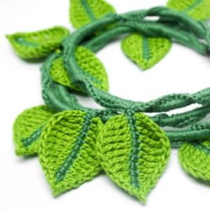 Crochet around a Cord – Cord Ivy