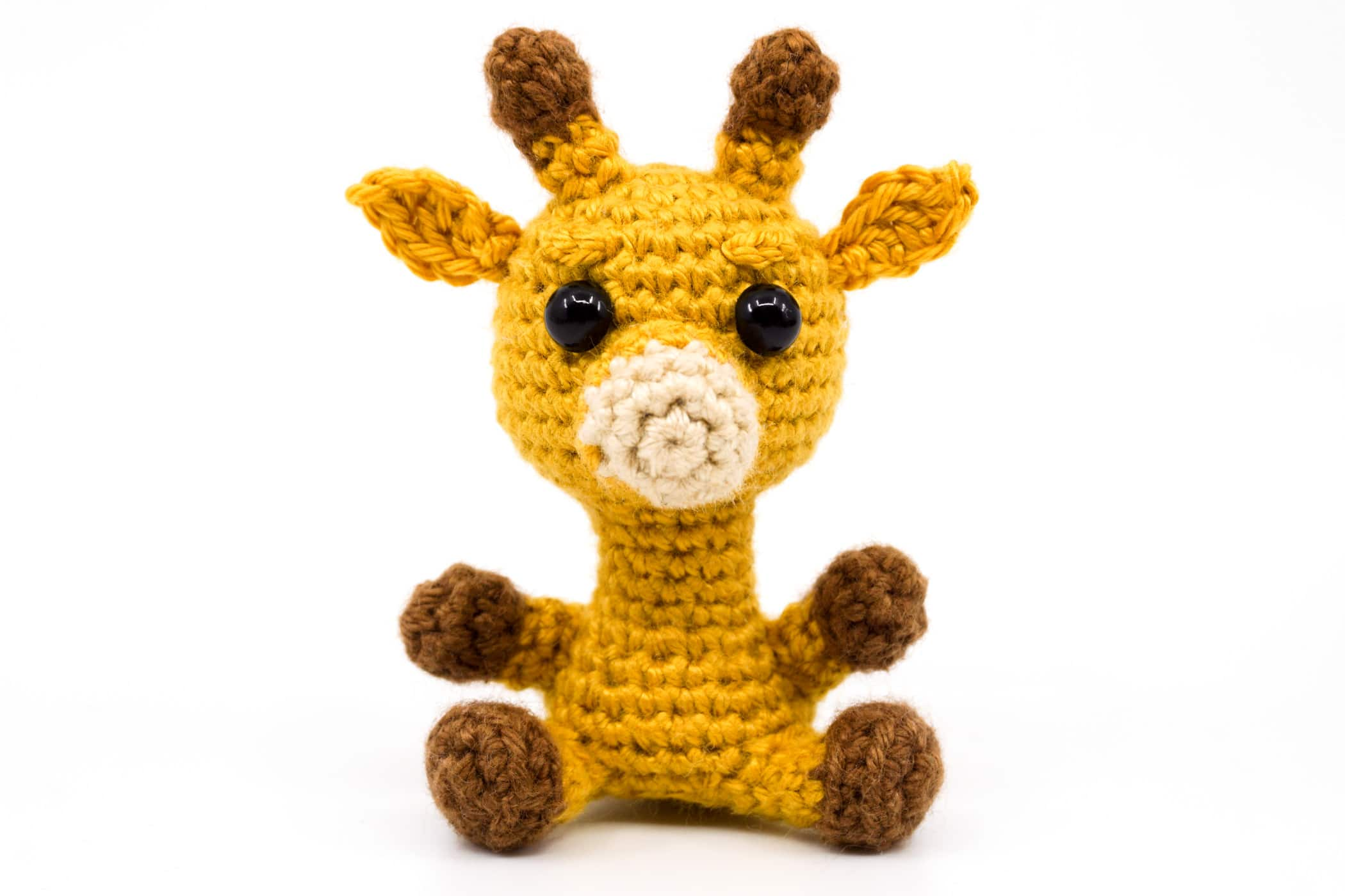 Hearty Giraffe amigurumi pattern - Amigurumi Today | 1400x2100